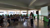 Pesquisadora_apresenta_o_jogo_Conquistando_o_Mundo_para_alunos_do_IFRO