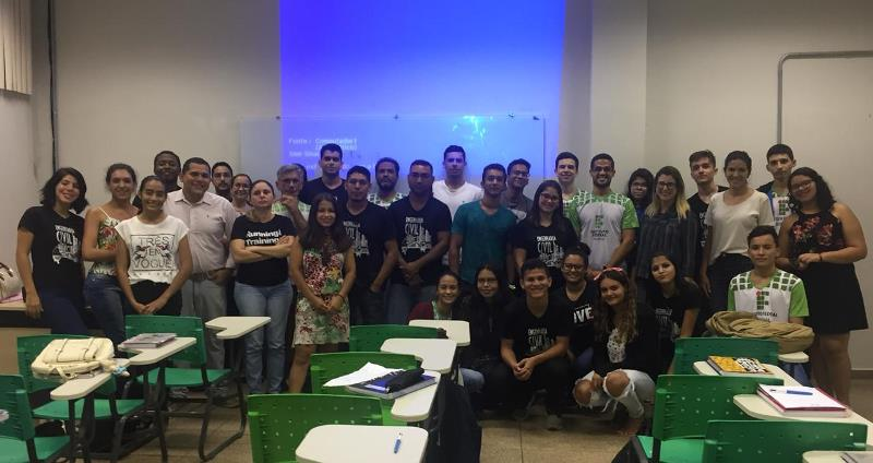 Acadêmicos do Curso de Engenharia Civil do Campus Calama participam de palestra
